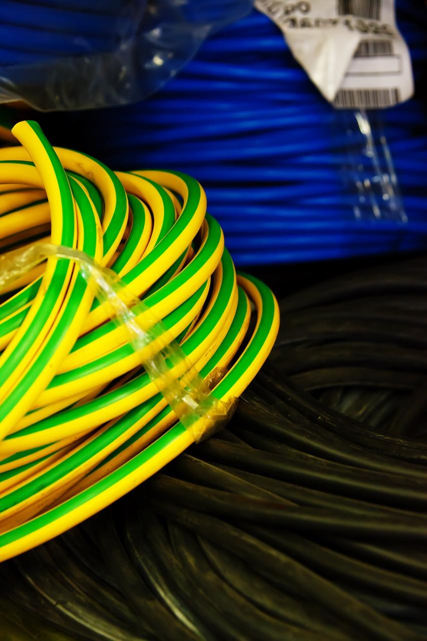 Oznaczniki przemysłowe – sposób na rozpoznanie kabli
